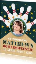 Coole uitnodiging voor kinderfeestje met bowlingbaan