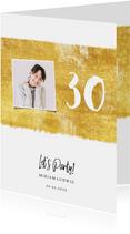 Einladungskarte zum Geburtstag mit Foto und Farbstreifen