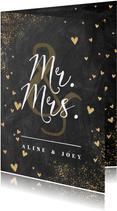 Felicitatiekaart huwelijk met krijtbord en gouden hartjes