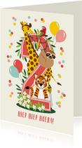 Felicitatiekaartje 2 jaar met vrolijke jungle dieren in roze
