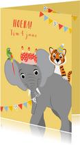 Felicitatiekaartje met olifant tijger papegaai en taart
