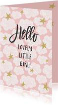 Geboorte felicitatiekaart met roze achtergrond en wolken