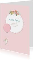 Geboortekaart meisje met konijn, ballon en bloemen