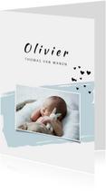 Geboortekaartje met groene  verfveeg en een foto