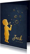 Geboortekaartje met silhouet van een jongen die bellenblaast