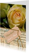 Gele roos noten label goud tekst