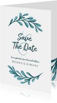 Geschilderde save the date kaart met bladeren