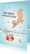 Geslaagd voor zwemdiploma met konijn en eekhoorn in zwembad