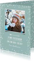 Hippe kerstkaart met witte confetti en eigen foto