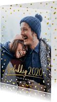 Hippe nieuwjaarskaart met grote foto, 2020 en confetti