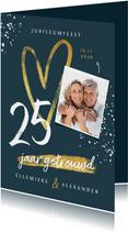 Jubileum uitnodiging 25 jaar getrouwd hartje foto spetters