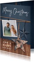 Kerst verhuiskaart met hout, sterren en foto's