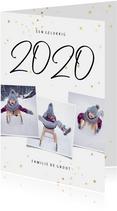 Kerstkaart fotocollage handgeschreven 2020 en gouden sterren