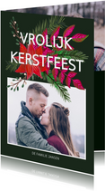 Kerstkaart kerstbloemen en trendy tekst