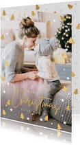 Kerstkaart met eigen foto en kerstbomen en sterretjes kader
