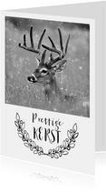 Kerstkaart met foto van een hert
