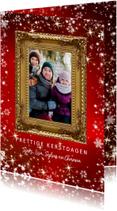 Kerstkaart met gouden sierlijke fotolijst