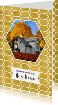Kerstverhuiskaart goud honingraat en foto huis