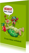 Leuke verjaardagskaart met schildpad die op zijn rug ligt
