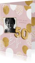 Leuke verjaardagskaart vrouw roze met ballonnen, foto & naam