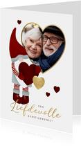 Liefdevolle kerstkaart met leuke kerstman, hartjes en foto