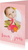 Lieve uitnodiging met flamingo voor een kinderfeestje