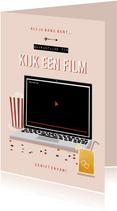 Make-A-Wish isolatie tip kijk een film met laptop roze