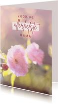 Moederdagkaart met roze bloemen