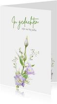 Mooie condoleancekaart met paarse bloemen witte ondergrond