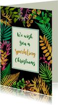 Mooie kerstkaart met blaadjes en gouden accenten
