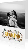 Nieuwjaarskaart botanisch '2019' goud met foto