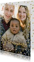 Nieuwjaarskaart met 1 grote eigen foto en confetti rondom