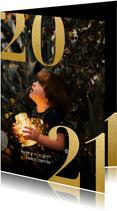 Nieuwjaarskaart met grote foto en gouden 2021