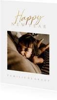 Nieuwjaarskaart stijlvol met foto en gouden tekst