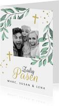 Paaskaartje christelijk kruis stijlvol bladeren foto