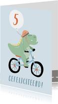 Rechthoekige wenskaart met tekening van een dino op de fiets