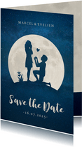 Save the Date kaart met silhouet van aanzoek in volle maan