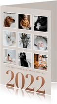 Stijlvolle foto kerstkaart fotocollage en 2022 op beige