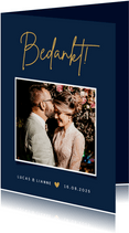Stijlvolle minimalistische bedankkaart trouwen met foto