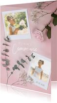 Stijlvolle roze communie uitnodiging met polaroids en rozen