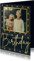 Stijlvolle verjaardagskaart man met art-deco patroon en foto