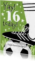 Stoere voetbal verjaardagskaart met voetbalschoen