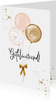 Trendy kaart met zachte ballonnen in peach en goud