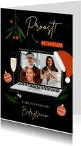Zakelijke kerstkaarten - Trendy zakelijke kerstkaart proost op afstand met laptop