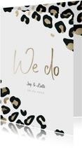 Trouwkaart 'We do' panterprint goudlook