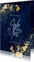 Trouwkaart We say Yes blauwe waterverf gouden plantjes