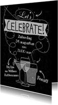 Uitnodiging  met witte teksten Celebrate op krijtbord