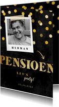 Uitnodiging pensioen goud met krijtbord en confetti