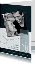 Uitnodiging samen 50, met foto en speelse typografie