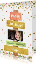 Uitnodiging trendy fotokaart met sterren en tekst borden
